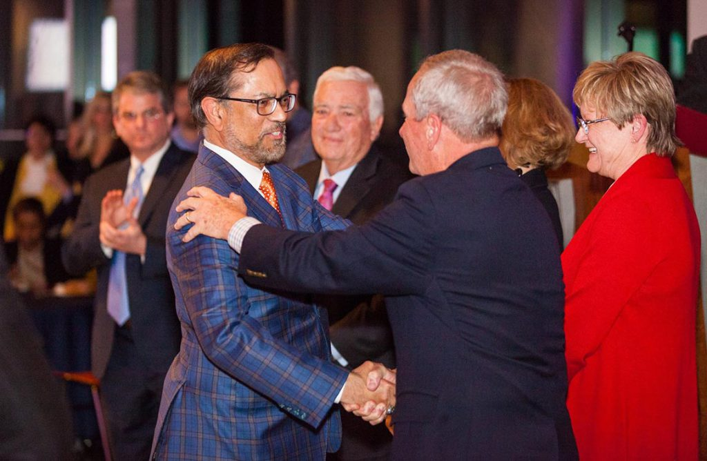 Aventure Aviation's Zaheer Faruqi accepts an award from the Metro Atlanta Chamber of Commerce